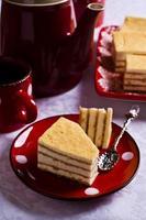 Kuchen mit weißer Sahne