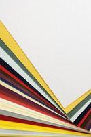 mehrfarbige Papiermuster für den Copyspace foto
