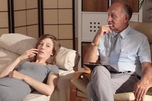 reiche Geschäftsfrau und private Therapeutin foto