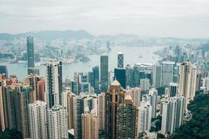 Hong Kong, China, Kowloon, Hong Kong Island von Victoria Peak foto