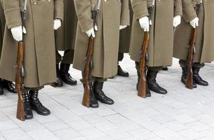 bulgarische Soldaten in Formation