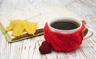 gestrickte Tasse Kaffee foto