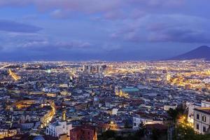 Blick auf Neapel in Italien foto