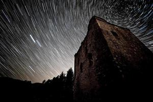 bröckelt unter den Sternen foto