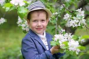 entzückender Junge foto