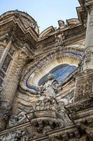 Kirchen und Straßen. jerez de la frontera, spanien foto