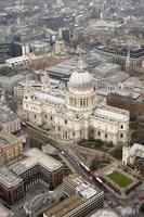 Luftaufnahme von st. Pauls Kathedrale foto