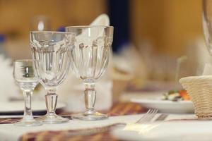 Gläser mit Champagner-Alkohol-Cocktail-Bankett foto