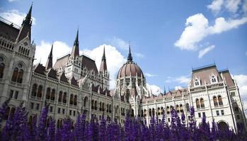 Budapest, Blick auf das Parlament, Ungarn foto