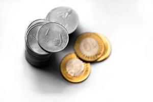 Münzen in indischer Währung foto