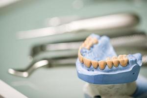 Die Arbeit des Zahnarztes ist nicht so einfach foto