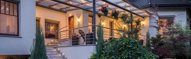 Terrasse in der Villa foto