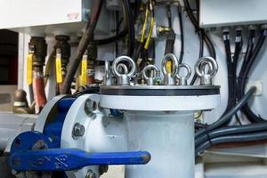 Teil eines Kraftstoffversorgungssystems und des Motors