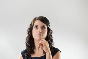 fokussierte Geschäftsfrau foto
