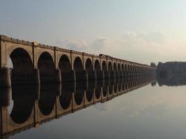 Brückenreflexion foto