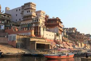 die heiligen ghats von varanasi indien foto