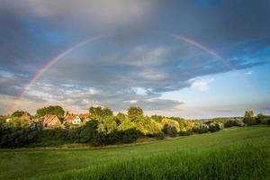 Regenbogenbogen foto