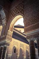 berühmter Löwenbrunnen, Alhambra-Burg (Granada, Spanien) foto