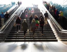 Treppen in der U-Bahn-Stadt foto