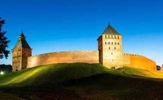 die Kremlmauern in Nowgorod dem Großen