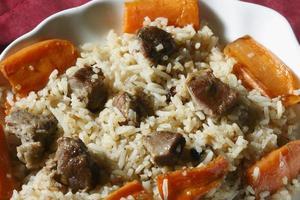 Qabili Pilau - eine Reiszubereitung aus Lammfleisch foto