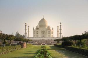 Taj Mahal Blick von der anderen Seite des Mehtab Barg foto
