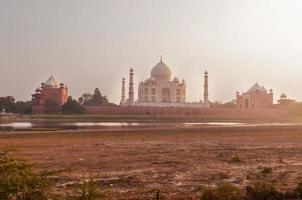 Mehtab Bagh. Blick auf Taj Mahal am Abend foto