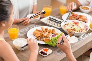 traditionelles vietnamesisches Essen foto