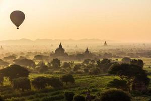 Bagan Sonnenaufgang foto