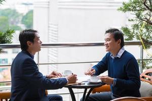 vietnamesische Geschäftspartner foto