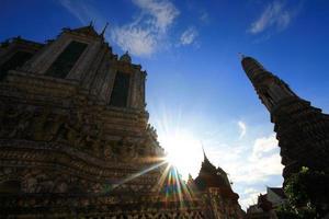 Sonnenlicht von Wat Arun foto
