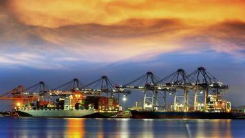 Containerfrachtschiff
