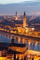 Verona in der Nacht