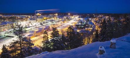 Blick auf kleine schwedische Stadt