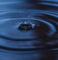 Spritzer Wasser