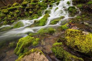 Zeitrafferfotografie des Gewässers