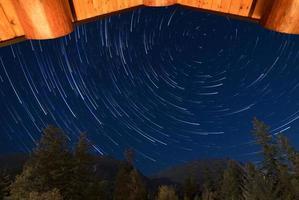 Zeitraffer von Sternspuren
