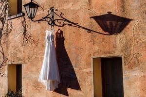 ärmelloses Brautkleid für Frauen foto