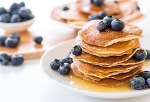 Pfannkuchen mit Blaubeeren foto