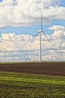 Erzeugung von erneuerbarer Energie für Windkraftanlagen foto