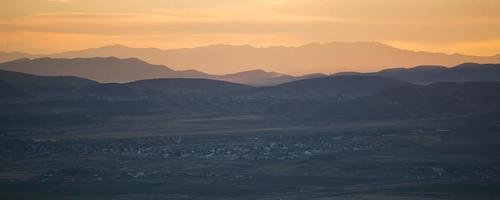 nördliches Saratoga entspringt bei Sonnenuntergang foto