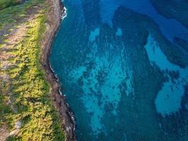 Luftaufnahmen von Land Meer