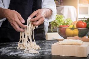 hausgemachte Pasta machen foto