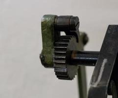 Ausrüstung der alten Maschine in der Druckerei foto
