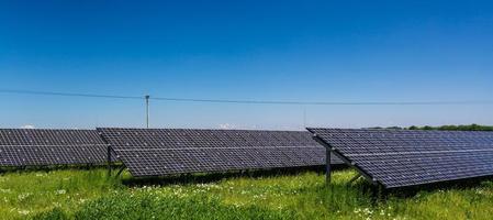 Sonnenlicht als erneuerbare Energiequelle foto