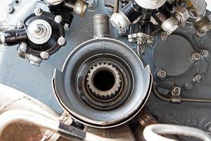 mechanische Details des alten Turbinentriebwerks foto