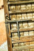 rostiges Marokko in Afrika die Fassade nach Hause und sicher foto