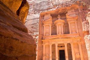 al khazneh in petra, jordan foto