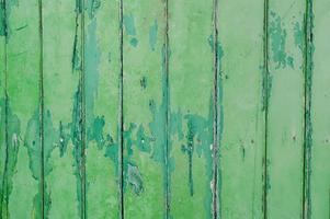 schälende Farbe grüne Holzwand