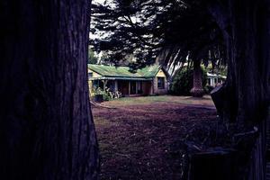 weitläufiges ländliches Bauernhaus foto